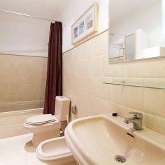 Отель Apartamentos Living Valencia Валенсия ванная