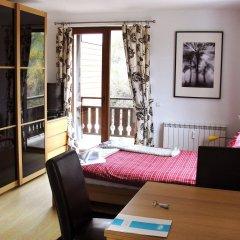 Апартаменты Predela 2 Holiday Apartments Банско комната для гостей