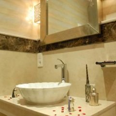 Отель Riad Ma Maison Марокко, Марракеш - отзывы, цены и фото номеров - забронировать отель Riad Ma Maison онлайн ванная фото 2