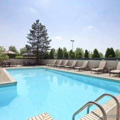 Отель Embassy Suites Columbus Колумбус бассейн фото 3