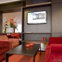Отель Holiday Inn Express Amsterdam - Schiphol интерьер отеля фото 3