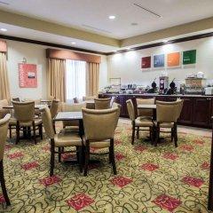 Отель Comfort Inn & Suites Maingate South