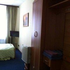 Гостиница Ника Смоленск сейф в номере