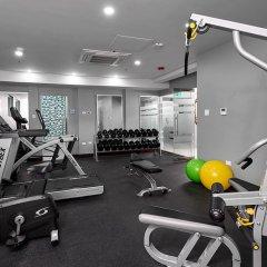 R Hotel Kingston фитнесс-зал