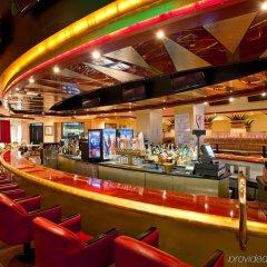 Отель Crowne Plaza Los Angeles-Commerce Casino гостиничный бар
