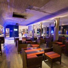 Отель Hikka Tranz by Cinnamon гостиничный бар