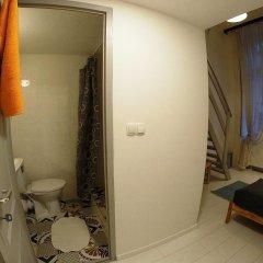 Friends Hostel and Apartments Budapest Будапешт ванная