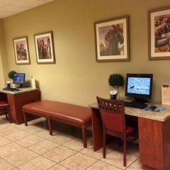Отель GetAways at Jockey Club США, Лас-Вегас - отзывы, цены и фото номеров - забронировать отель GetAways at Jockey Club онлайн удобства в номере фото 2