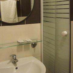 Отель Grand Hôtel de Clermont ванная