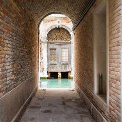 Апартаменты San Maurizio - WR Apartments интерьер отеля