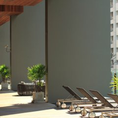 Отель Hansar Bangkok бассейн фото 2