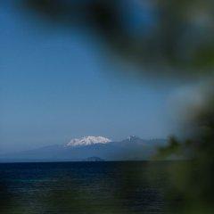 Отель Hilton Lake Taupo пляж