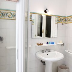Отель Residence Villa Rosa Италия, Равелло - отзывы, цены и фото номеров - забронировать отель Residence Villa Rosa онлайн ванная