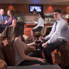 Отель Embassy Suites Flagstaff гостиничный бар