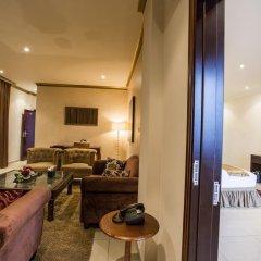 Отель Mikhael's Hotel Республика Конго, Браззавиль - отзывы, цены и фото номеров - забронировать отель Mikhael's Hotel онлайн комната для гостей фото 2