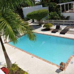Отель Syrynity Palace Ямайка, Монтего-Бей - отзывы, цены и фото номеров - забронировать отель Syrynity Palace онлайн бассейн фото 3