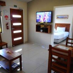 Апартаменты Nadi Airport Apartments комната для гостей фото 5