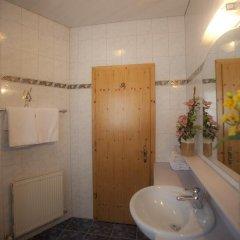 Отель Landhaus Tuxerschafer ванная фото 2