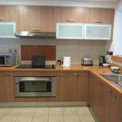Отель Yanjoon Holiday Homes - Marina Residence в номере