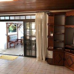 Отель Ahitea Lodge удобства в номере