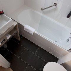 Отель Mercure Oostende Бельгия, Остенде - 1 отзыв об отеле, цены и фото номеров - забронировать отель Mercure Oostende онлайн ванная