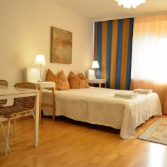 Апартаменты GoVienna Urban Living Belvedere Apartment комната для гостей фото 3