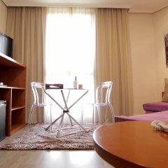 Hotel Puerta De Toledo комната для гостей
