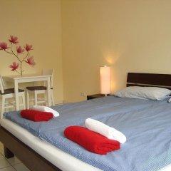 Отель Bermuda Triangle B&B Германия, Кёльн - отзывы, цены и фото номеров - забронировать отель Bermuda Triangle B&B онлайн комната для гостей фото 4