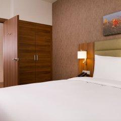 Гостиница Хилтон Гарден Инн Оренбург в Оренбурге 6 отзывов об отеле, цены и фото номеров - забронировать гостиницу Хилтон Гарден Инн Оренбург онлайн комната для гостей фото 5