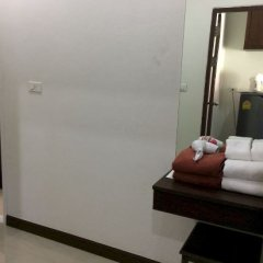 Отель Phuket Airport Villa удобства в номере фото 2