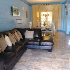 Отель Fisherman's Point Holiday Ямайка, Очо-Риос - отзывы, цены и фото номеров - забронировать отель Fisherman's Point Holiday онлайн комната для гостей фото 2