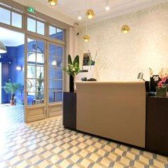 Отель Little Palace Hotel Франция, Париж - 7 отзывов об отеле, цены и фото номеров - забронировать отель Little Palace Hotel онлайн интерьер отеля фото 3