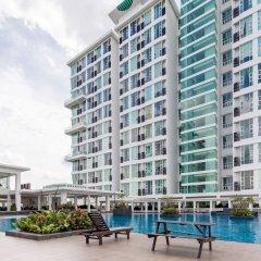 Отель KL Guesthouse Scott Garden Малайзия, Куала-Лумпур - отзывы, цены и фото номеров - забронировать отель KL Guesthouse Scott Garden онлайн бассейн