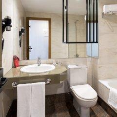 Отель Rafaelhoteles Atocha ванная
