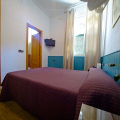 Отель Hostal La Muralla комната для гостей фото 4