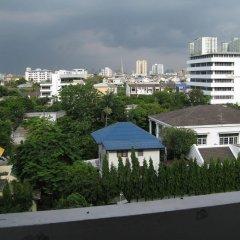 Отель Komol Residence Bangkok Бангкок балкон