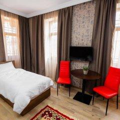Отель Metekhi's Galavani Hotel Грузия, Тбилиси - 2 отзыва об отеле, цены и фото номеров - забронировать отель Metekhi's Galavani Hotel онлайн комната для гостей фото 3