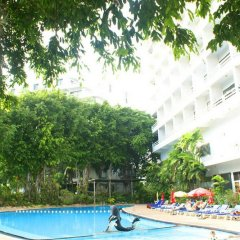 Royal Palace Hotel Pattaya бассейн