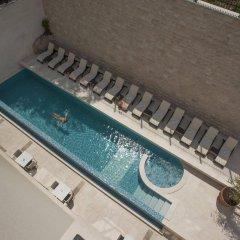 Hotel Moskva бассейн