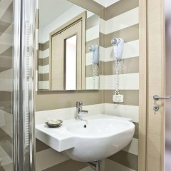 Hotel Belvedere Манерба-дель-Гарда ванная