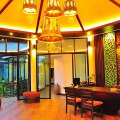 Отель Navatara Phuket Resort интерьер отеля фото 3