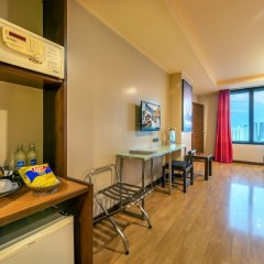 Отель Bangkok Cha-Da Hotel Таиланд, Бангкок - отзывы, цены и фото номеров - забронировать отель Bangkok Cha-Da Hotel онлайн удобства в номере фото 2