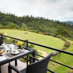 Отель Amaya Hunas Falls балкон
