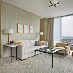 Отель Four Seasons Hotel Toronto Канада, Торонто - отзывы, цены и фото номеров - забронировать отель Four Seasons Hotel Toronto онлайн комната для гостей фото 3