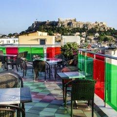 Отель Attalos Hotel Греция, Афины - отзывы, цены и фото номеров - забронировать отель Attalos Hotel онлайн бассейн фото 2