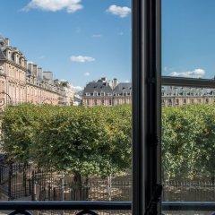 Отель Cour Des Vosges Париж комната для гостей фото 3