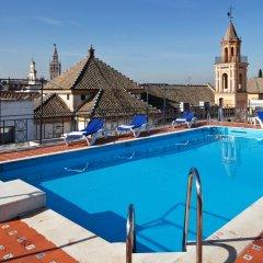 Отель Fernando III Испания, Севилья - отзывы, цены и фото номеров - забронировать отель Fernando III онлайн бассейн фото 3