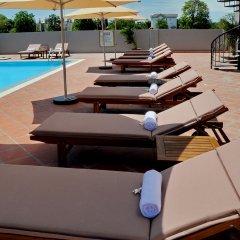 Отель Verano Hotel Вьетнам, Нячанг - отзывы, цены и фото номеров - забронировать отель Verano Hotel онлайн бассейн
