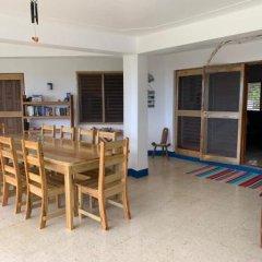 """Отель """"Nuestra Casa"""" Guesthouse Треже-Бич комната для гостей фото 3"""