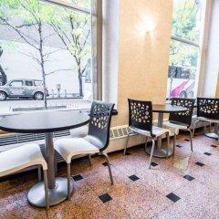 Отель Econo Lodge Times Square США, Нью-Йорк - 1 отзыв об отеле, цены и фото номеров - забронировать отель Econo Lodge Times Square онлайн питание